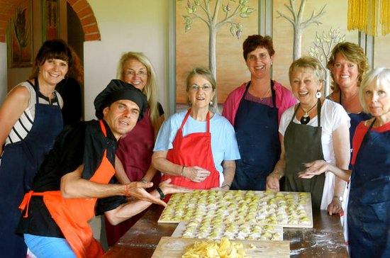 6-Day Magical Tuscany Cooking and...