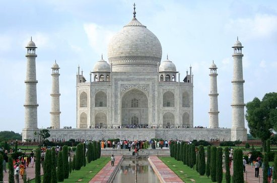 Private Tour: Essentials of Agra Day...