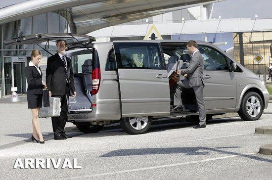 Transfert haut de gamme à l'arrivée à l'aéroport de Sydney en People...