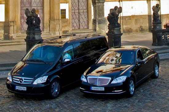 Prague to Dresden Private Transfer