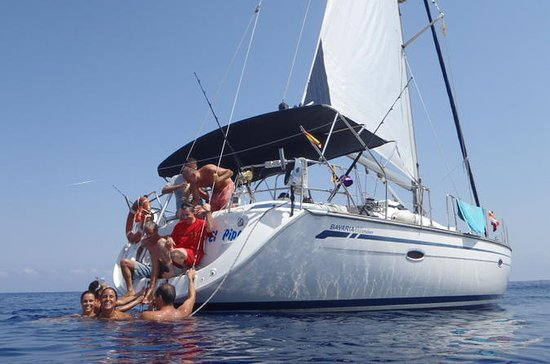 Private Sailing Experience With ...