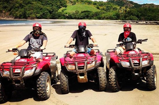 TamarindoからのATV Mountain and Beach Tou…