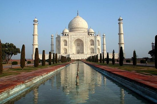 Private Day-Trip: Taj Mahal, Mathura...