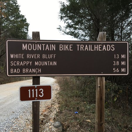 Mountain View, AR: Sign on Hwy 5N and at trailhead.