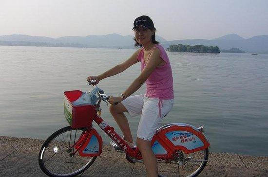 Bike Tour in Hangzhou: Heaven on Earth...