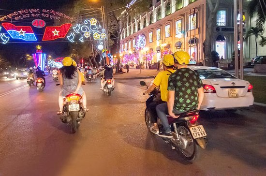 Saigon Nightlife Tour med sykkel