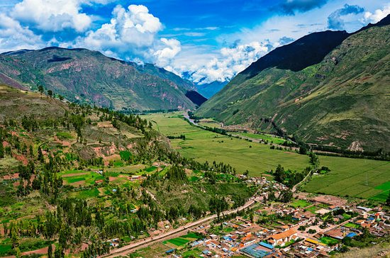 Sacred Valley of Cusco Full-Day Tour