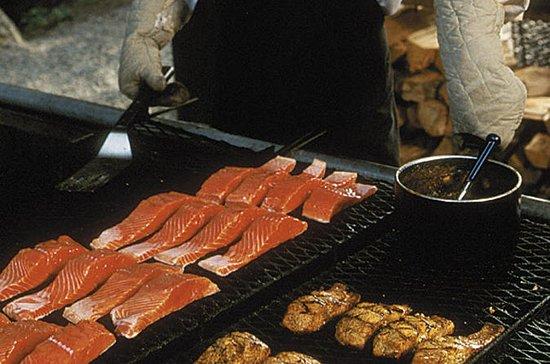 Juneau Shore Excursion: Alaskan Salmon Bake