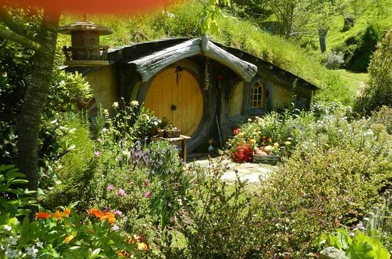 Full-Day Shore Excursion: Hobbiton ...