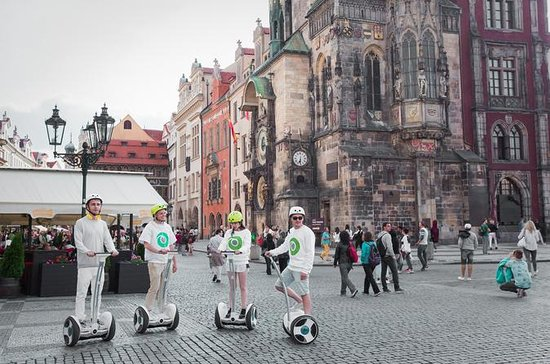 Gran recorrido por la ciudad de Praga...