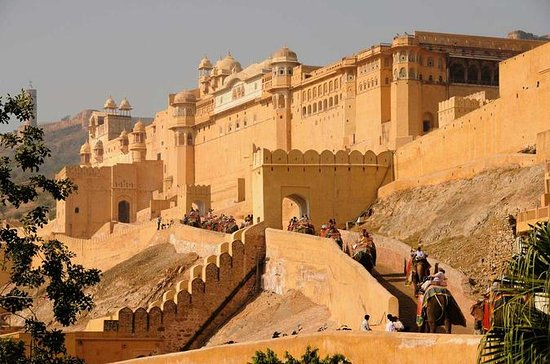 3-Day Private Golden Triangle Tour...