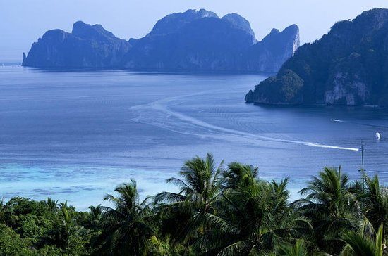 Phi Phi Island Full-Day Tour by ...