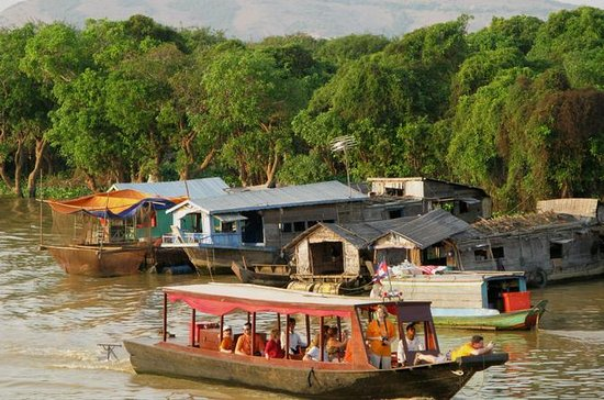 Kompong Khleang Floating Village from