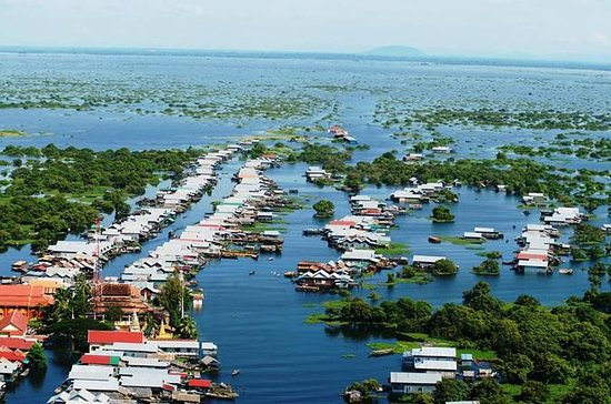 Kompong Phluk Village and Tonle Sap...