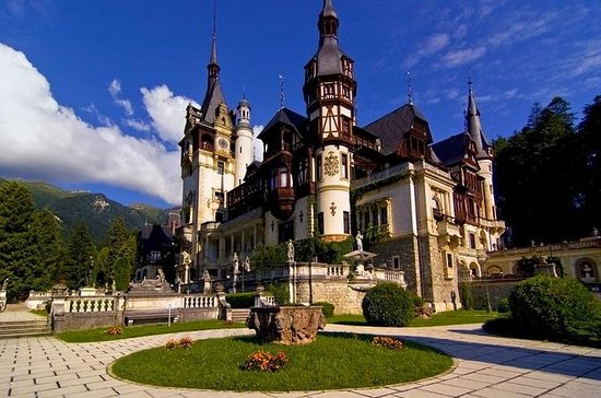 Day Trip to Bran and Peles Castle