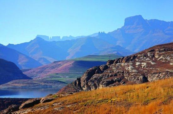 Drakensberg Mountain Range og Nelson...