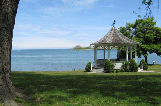 Walking Tour of Niagara-on-the-Lake...