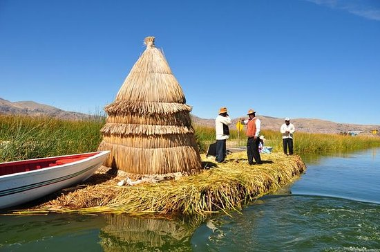 Uros Kayaking en Taquile Island Day ...