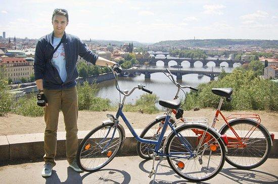 Recorrido por la ciudad de Praga para...