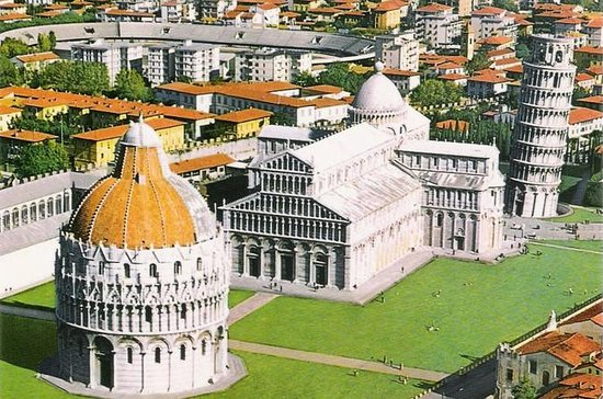 Best of Lucca and Pisa Tour from...