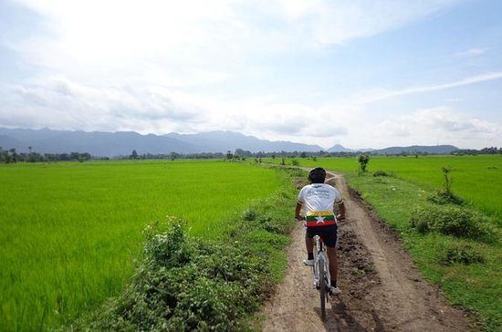 Morning Cycling Tour in Mandalay