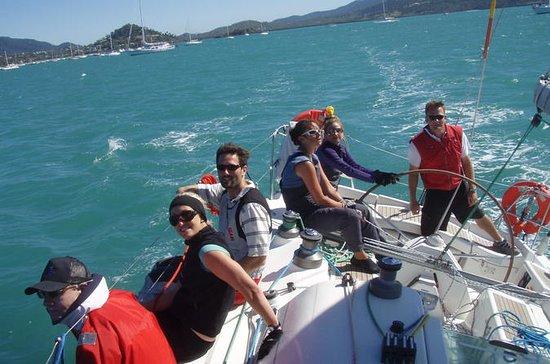 Sailing Lessons on Sydney Harbour