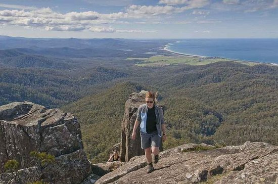 5-Day Tasmania East Coast Camping Tour: Launceston to Hobart...