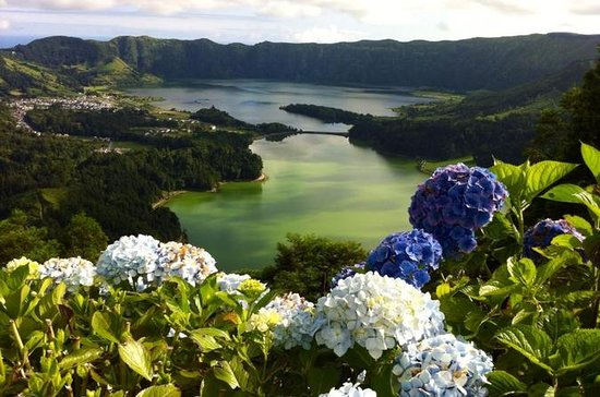 Sete Cidades Half-Day from Ponta ...