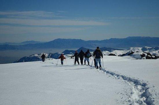 Caminhada na neve nos Andes saindo de...