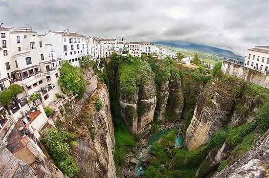 Malaga to Ronda Full-Day Trip with...