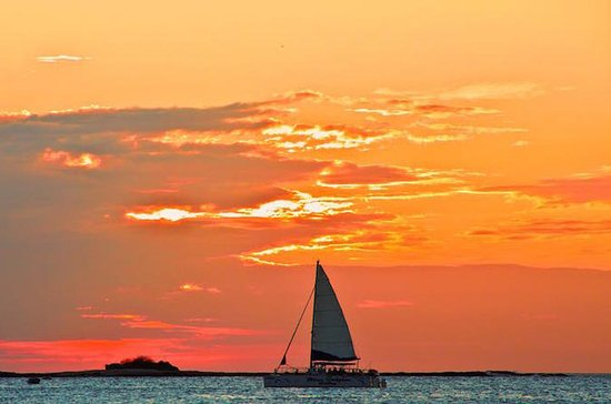 Catamaran Sunset Cruise from Tamarindo