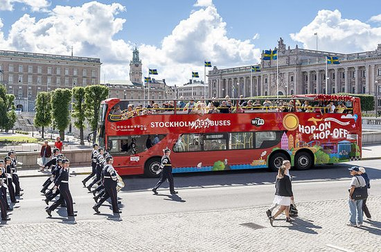 Biglietto Hop-On Hop-Off valido 24 ore sullo Stockholm Red Bus