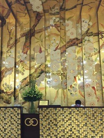 Golden Silk Boutique Hotel: フロント