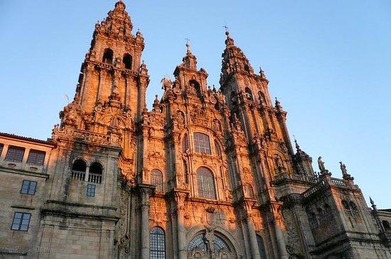 Santiago de Compostela and Viana do...