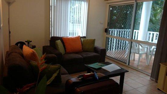 The Port Douglas Outrigger: Living room
