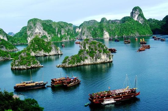 Overnatting Halong Bay Cruise med...