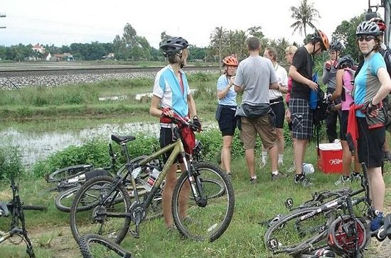 4-Day Bike Tour from Hue to Hoi An...