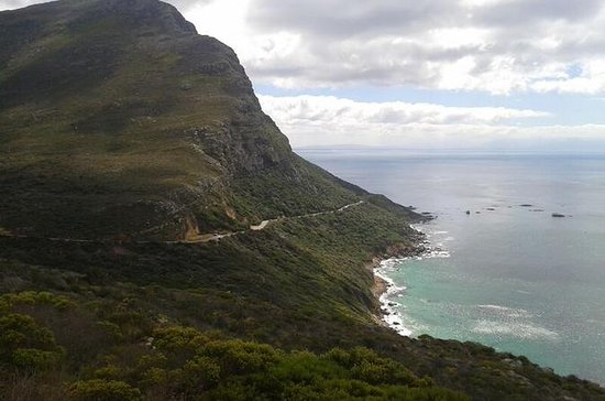 Twelve Apostles to Sandy Bay Hike in...