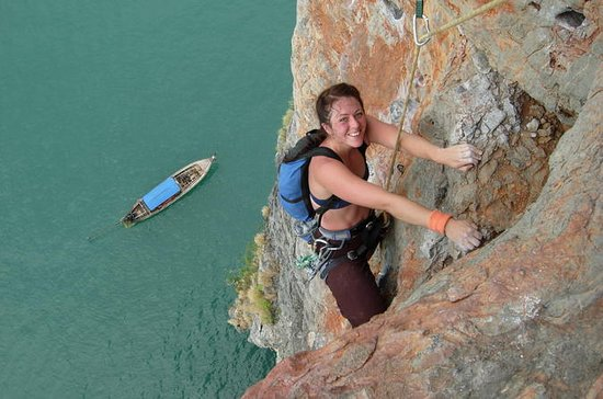 Rock Climbing Courses at Railay Beach