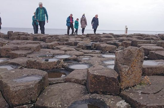 Small Group Giant's Causeway Day Tour ...