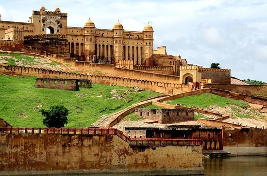 Private Day Tour of Jaipur Sightseeing
