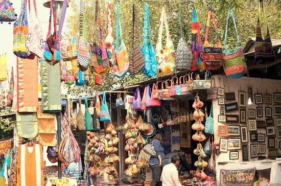 Private Custom Shopping Tour: Delhi's...