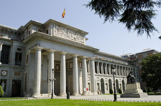 Madrid Panoramic Tour with Museo del...