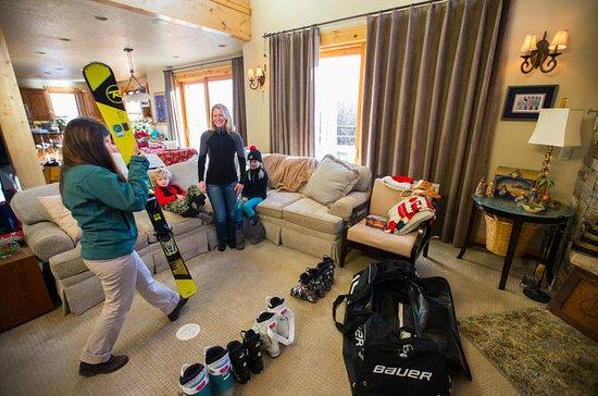 Teen Ski Rental Package från Whistler