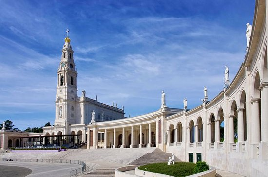 Fátima Private Tour Half Day from...