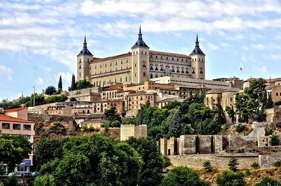 Private Custom Day Trip to Toledo...