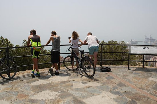 Panoramic Bike Tour: Castles and the ...