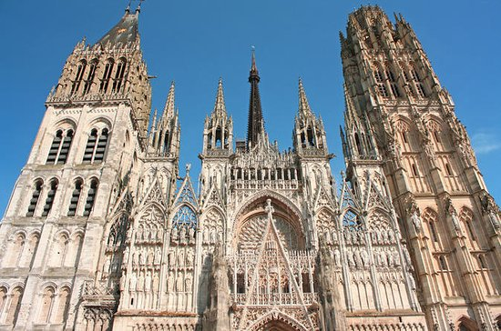 Small Group Day Trip to Rouen from...