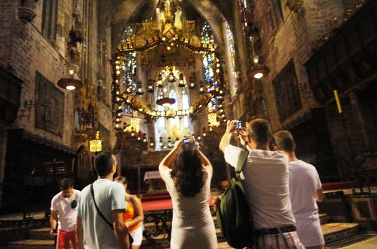 Gaudí e a arte modernista: excursão...