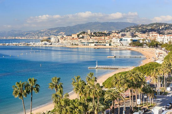 Small-Group Half-Day Tour to Cannes...